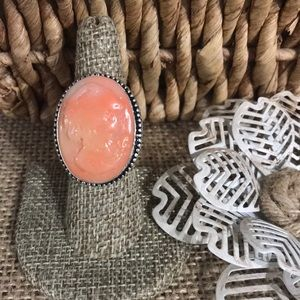 Peach Shell Cameo Ring